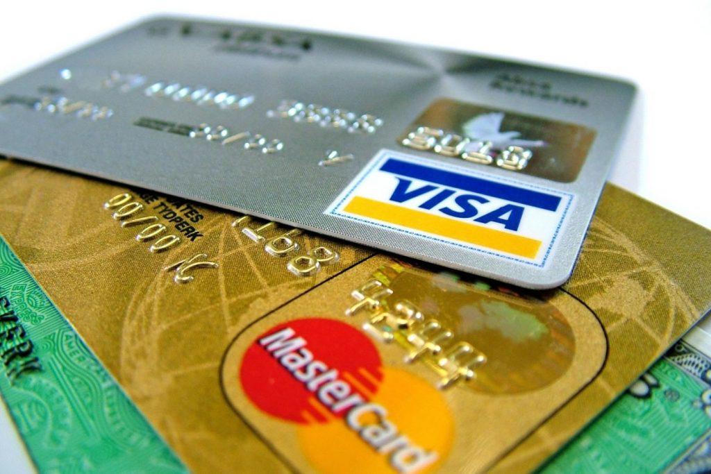 Cum alegi cardul de credit potrivit?