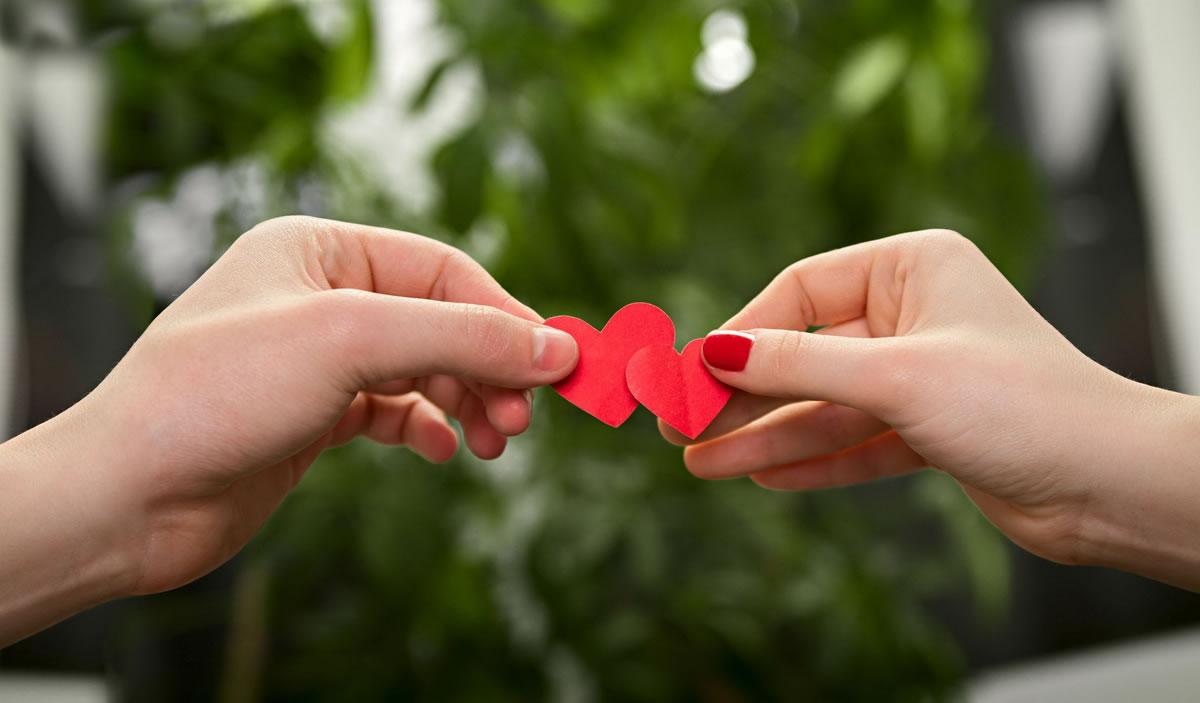 """De Ziua Îndrăgostiților, spune """"Te iubesc"""" în casă nouă"""
