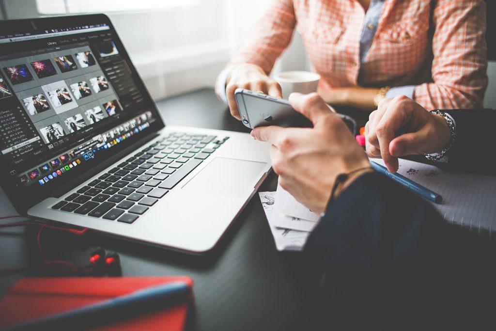 Cum a evoluat procesul de cumpărare în era digitală