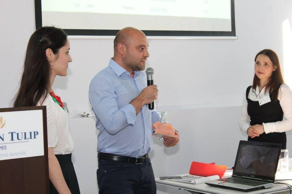 valentin-anghel-director-general-avbs-credit-si-amalia-goleanu
