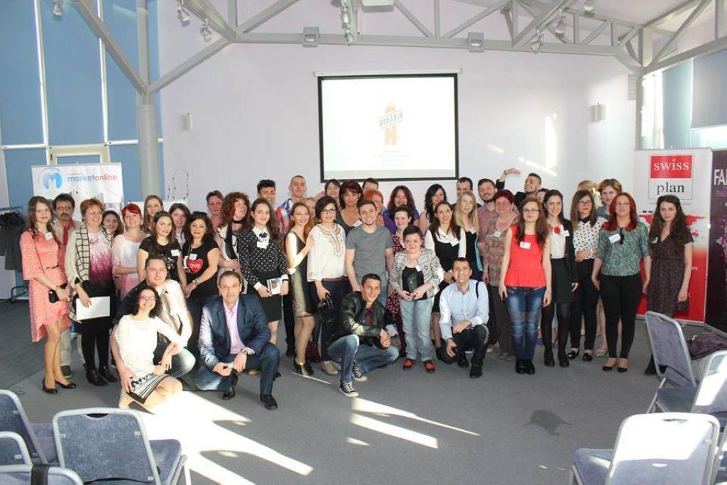 bloggerii-participanti-la-gala-spring-super-blog-2016