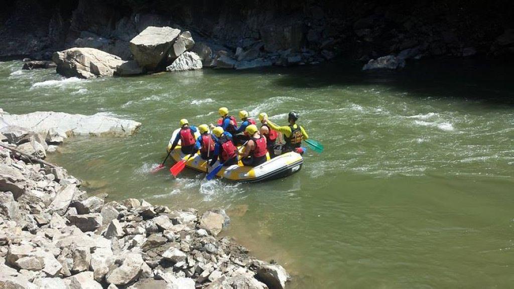 AVBS Credit la rafting